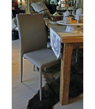 Chaise simili cuir taupe