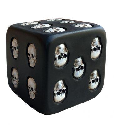Dès noir en résine skulls 8 cm