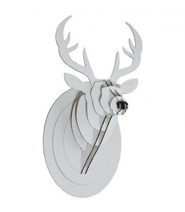 Trophée de cerf blanc en carton
